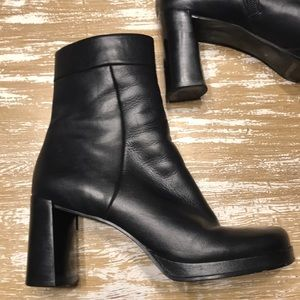 Enzo Angiolini Black Leather Ankle Boots Sz. 7